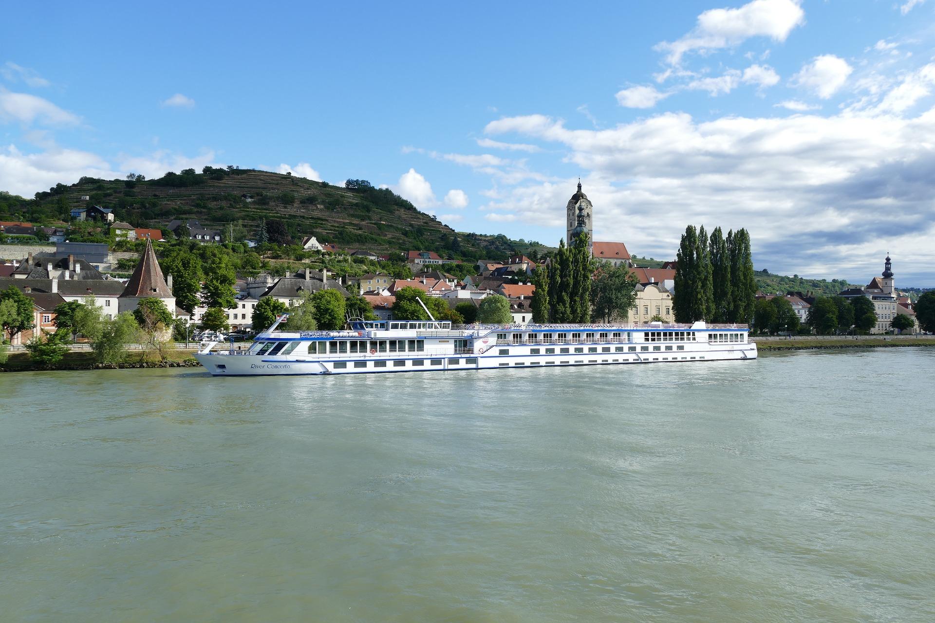 Donau-Kreuzfahrt: Tipps, Sehenswürdigkeiten & Ideen