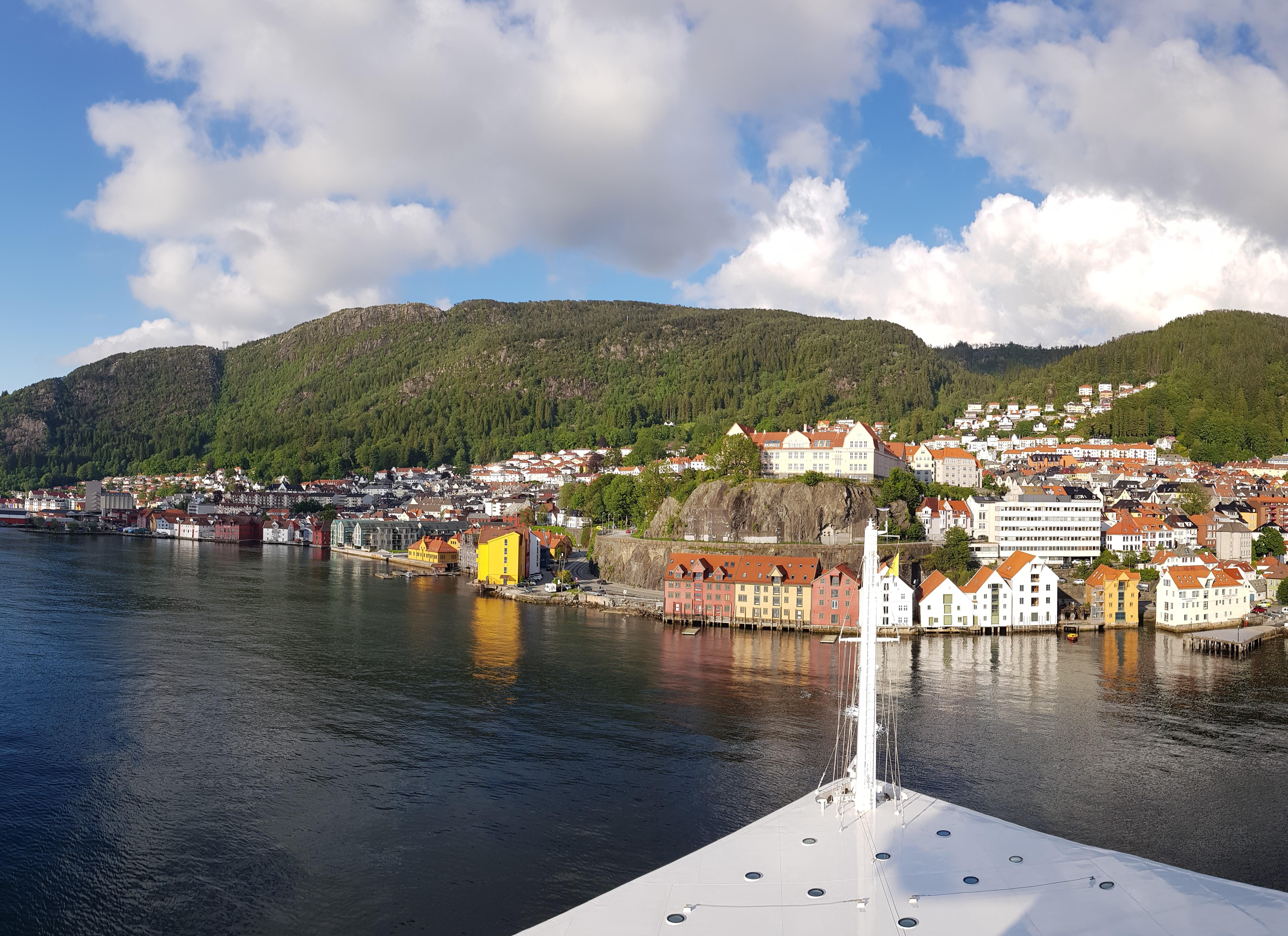 Kreuzfahrt nach Bergen: Hafen, Ausflüge & Sehenswürdigkeiten
