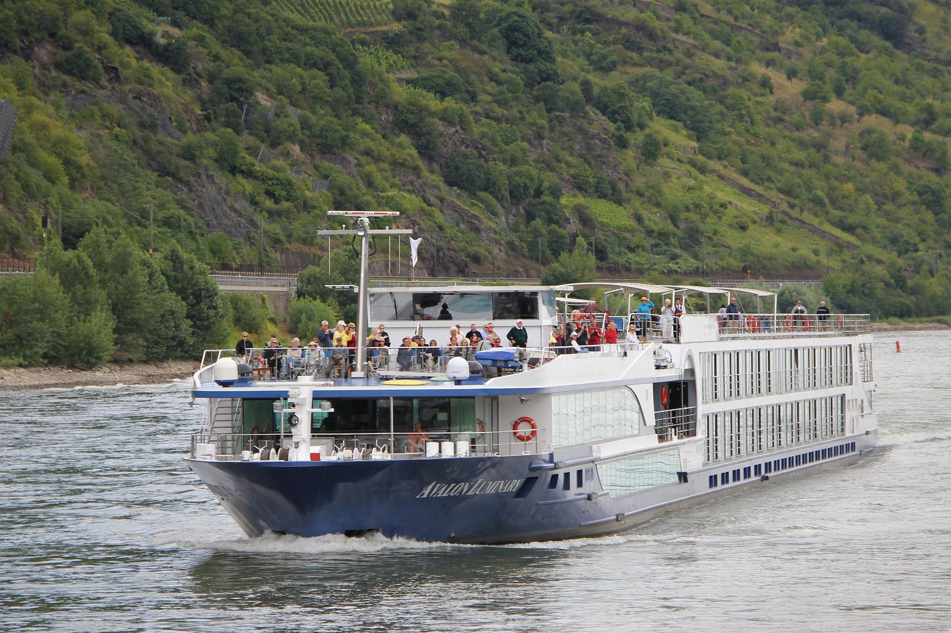 Minikreuzfahrt auf dem Rhein: Anlegestellen, Sehenswürdigkeiten & Tipps